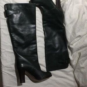 Marni hunter green all leather boot NWT 39